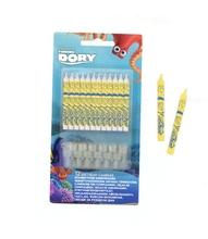 Hledá se Dory svíčky a držáky 12ks